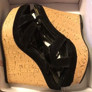 Shoe Dazzle black wedges